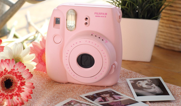 Get that Vintage Look with Fujifilm Mini 8 Instax