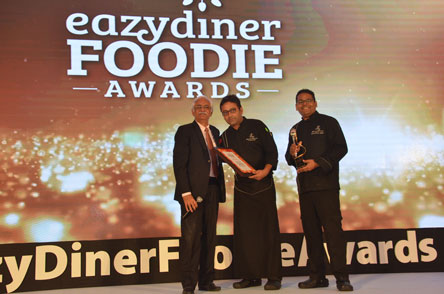 Mr. Rattan Keswani (left) honouring Senior Sous Chef Saurabh & Executive Chef Neeraj Rawoot for Spectra