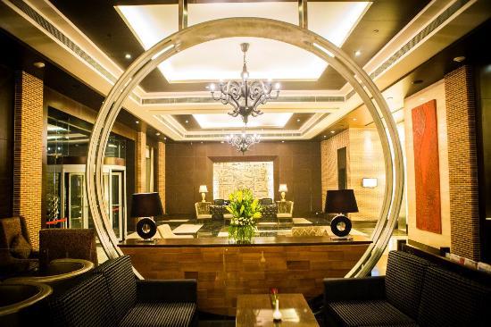 Lobby goldfinch hotel Faridabad